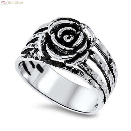 ZilverVoorJou Zilveren gehamerde roos ring