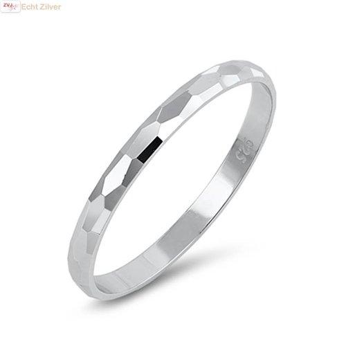 ZilverVoorJou Zilveren gehamerde smalle ring