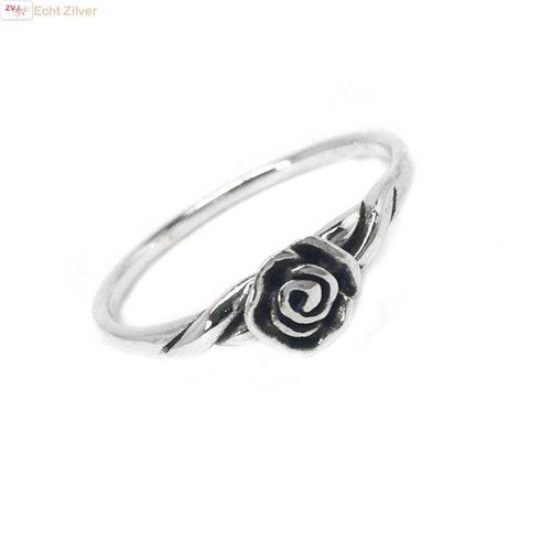 ZilverVoorJou Zilveren ring met een roosje