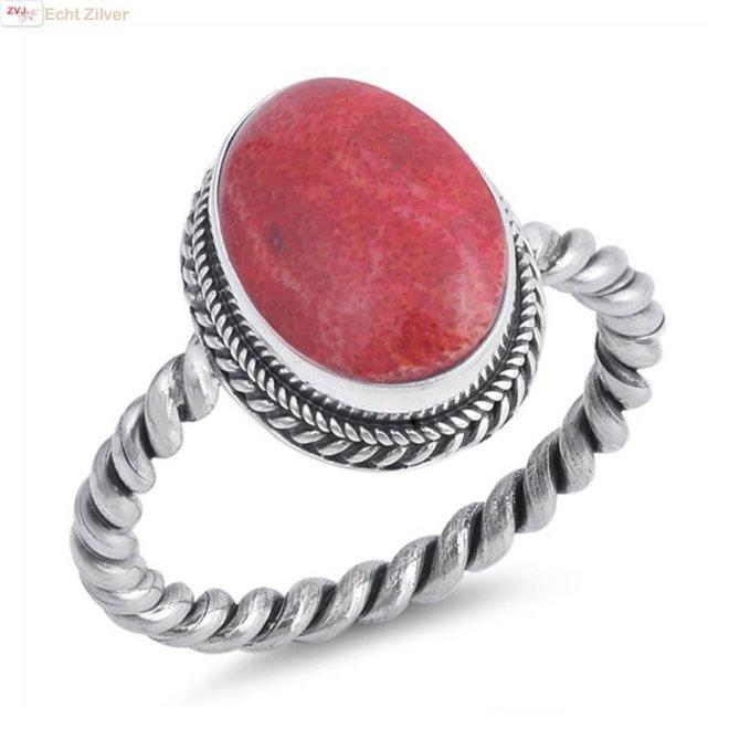 Zilveren draai  ring met ovale rood koraal