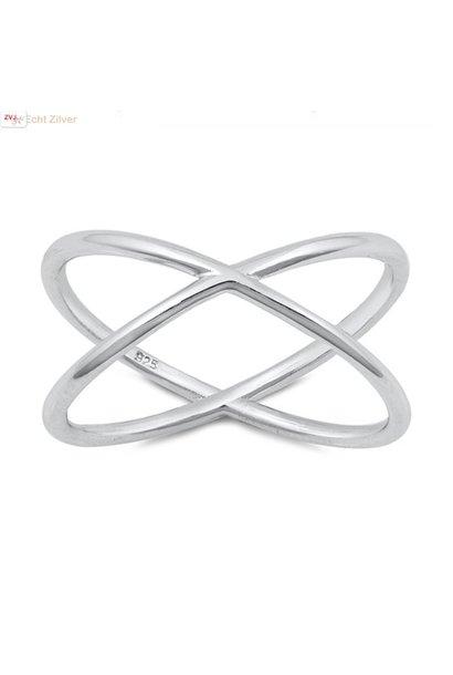 Zilveren ring criss cross