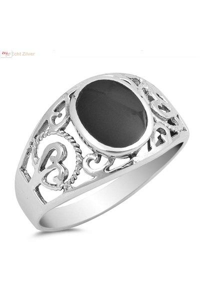 Zilveren ring met zwarte ovale zwarte onyx steen