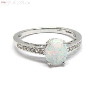 ZilverVoorJou Zilveren Ring ingelegd met witte opaal
