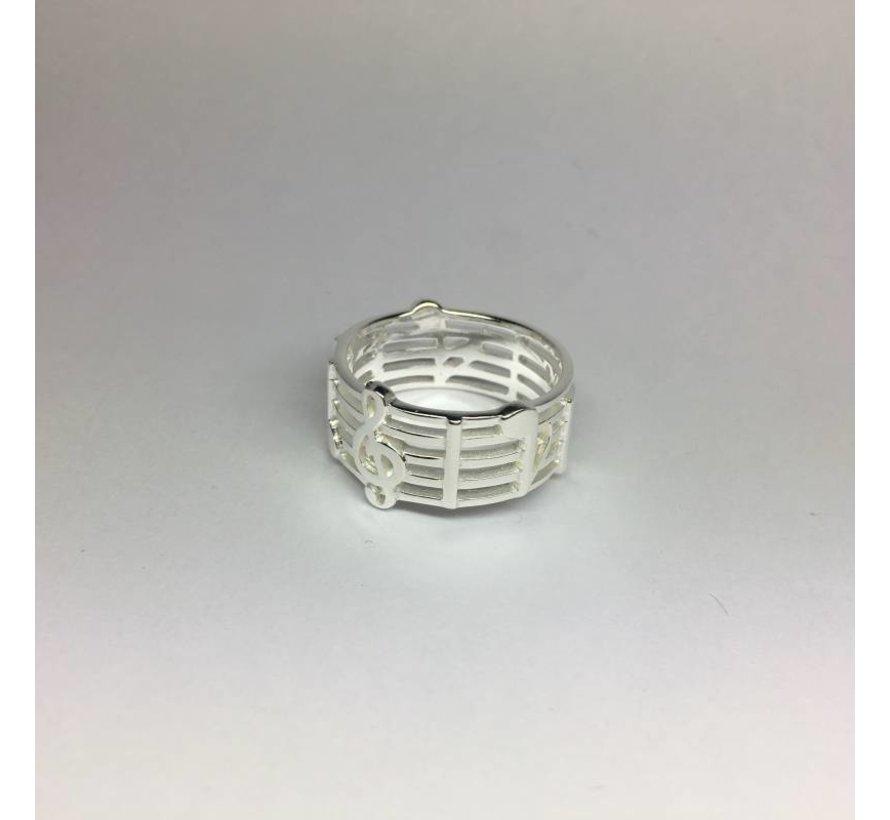 Zilveren notenbalk muziek ring