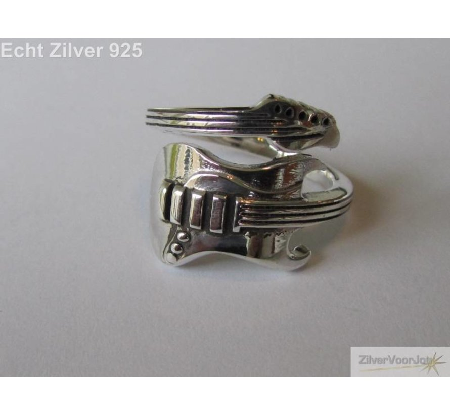 Zilveren electrische gitaar ring