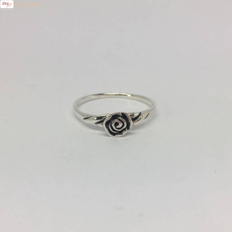 Zilveren ring met een roosje-3