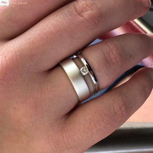 ZilverVoorJou Zilveren brede luxe hoogglans mat ring met witte cz