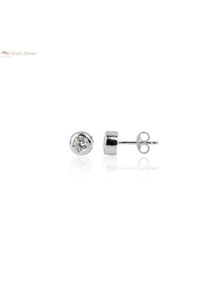 Zilveren  4 mm bezel oorknopjes met witte zirkonia