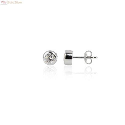 ZilverVoorJou Zilveren  4 mm bezel oorknopjes met witte zirkonia