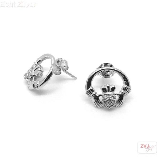 Zilveren claddagh witte zirkoon oorstekers