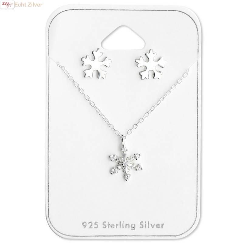 Zilveren sneeuwvlok set ketting en oorbellen-1
