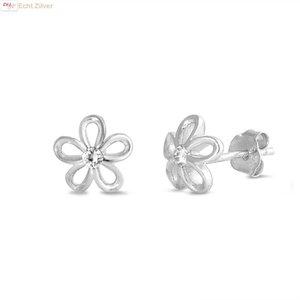 ZilverVoorJou Zilveren bloem witte zirkoon oorbellen