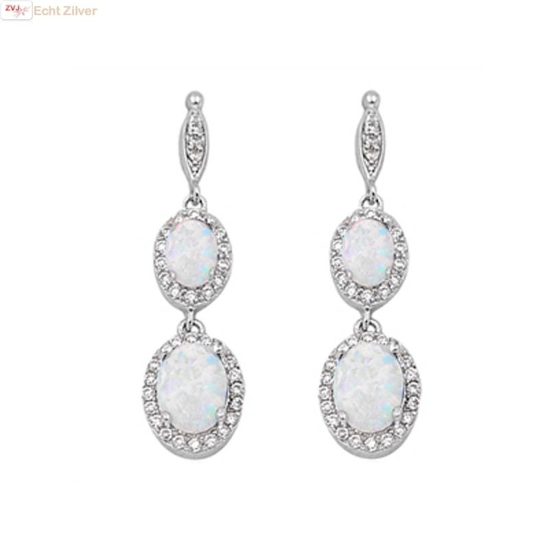 Zilveren elegante witte opaal en zirkoon oorbellen-1