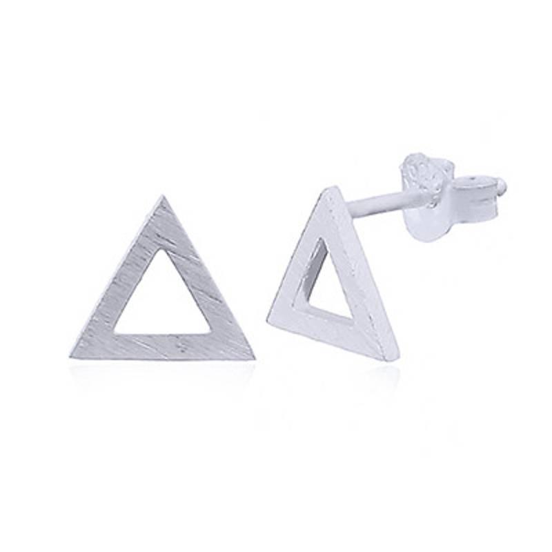 Zilveren gematteerde triangel oorstekers-1