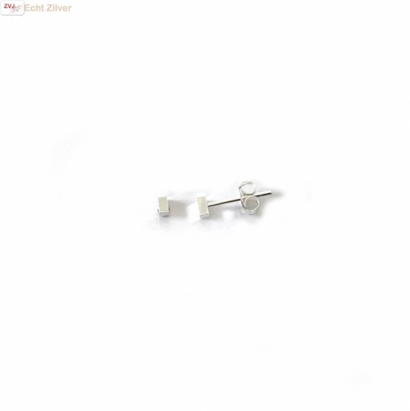 Zilveren mini rechthoekje vlak oorstekers-3