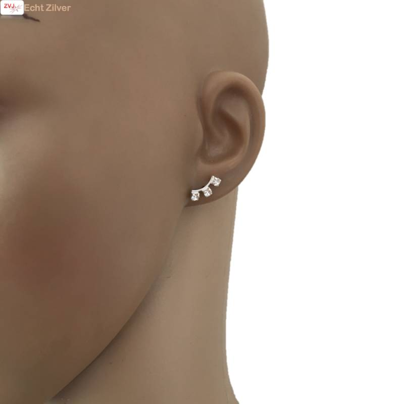 Zilveren witte kleine kristal oorstekers-2