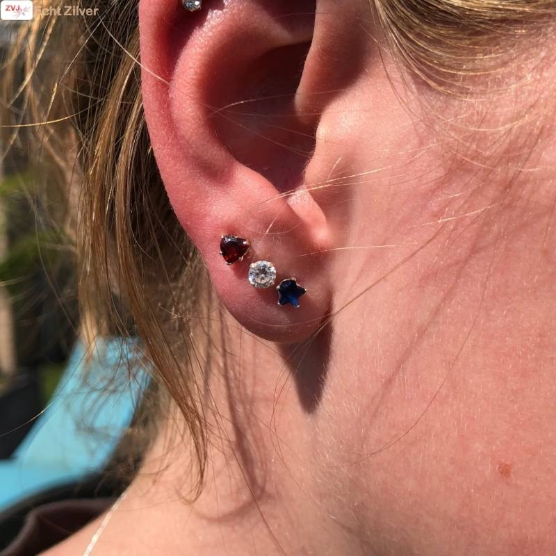 Zilveren 3-delige set rode hartje blauwe sterretjes witte rondjes oorstekers-2