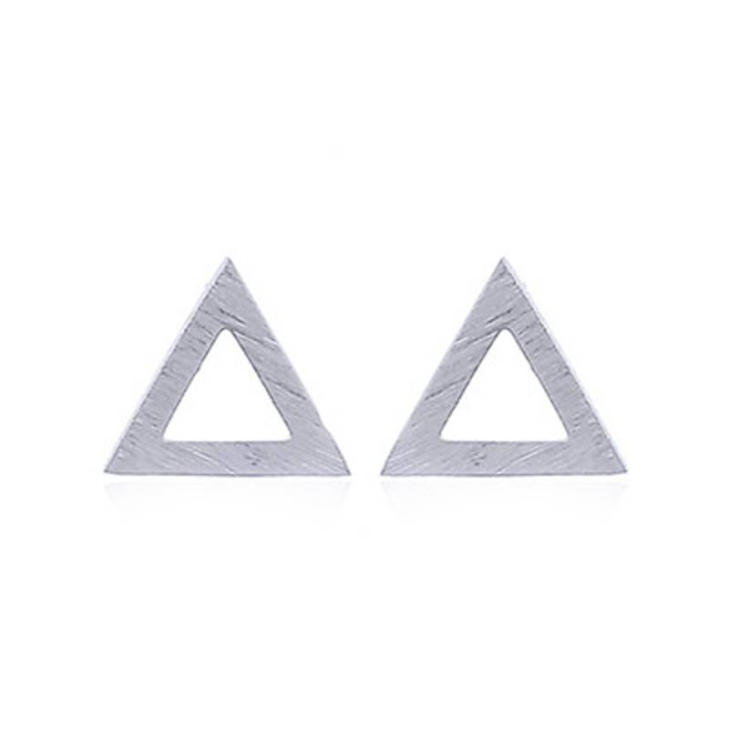 Zilveren gematteerde triangel oorstekers-3