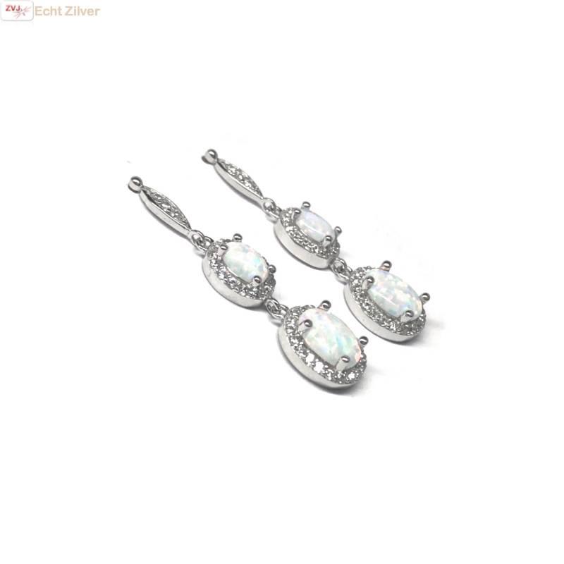 Zilveren elegante witte opaal en zirkoon oorbellen-3