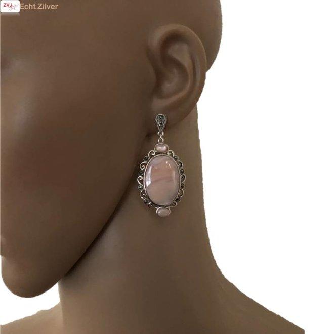 Zilveren grote roze parelmoer marcasiet klassieke oorhangers
