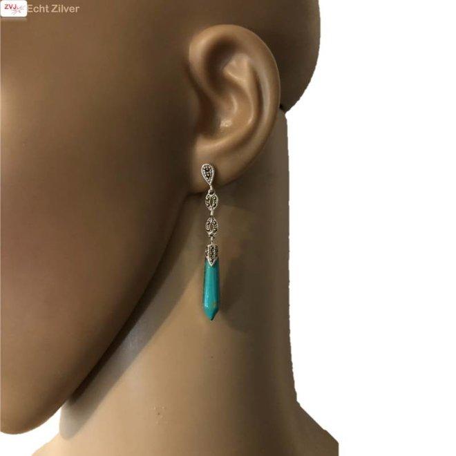 Zilveren markasiet oorhangers turkoois groene staaf