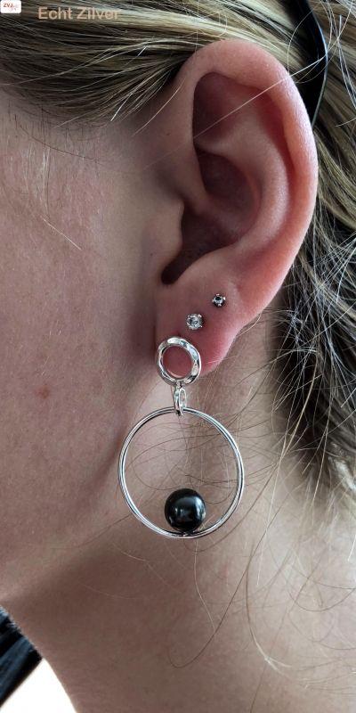 gehamerd Zilveren design oorringen met parel-2