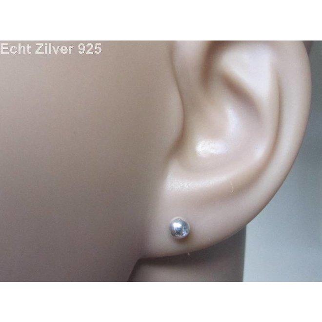 Zilveren kleine oorknopjes 4 mm balletjes
