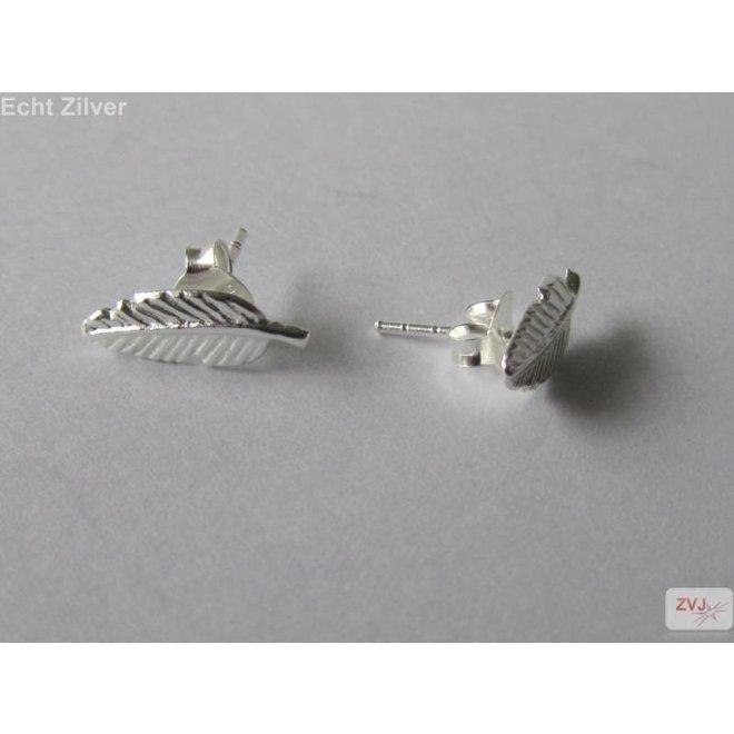 Zilveren kleine blad leaf oorstekers