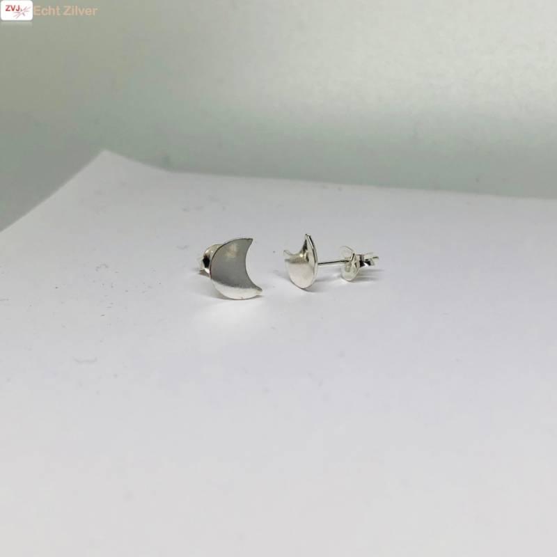 Zilveren kleine halve maan oorbellen-4