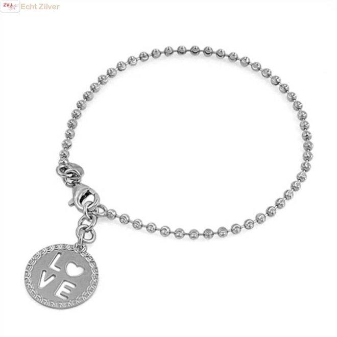 Zilveren bolletjes armband met ronde LOVE bedel