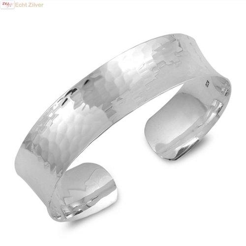 ZilverVoorJou Zilveren gehamerde klemarmband