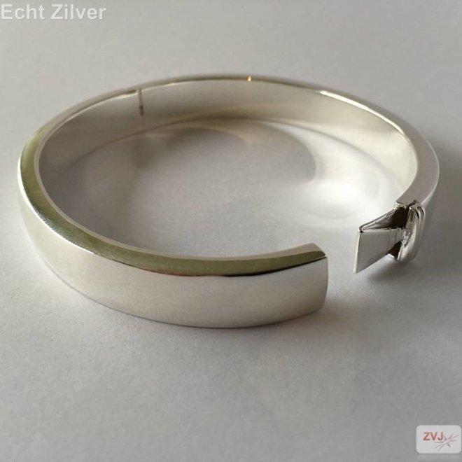 Zilveren ovale hoogglans slavenarmband 63x57 10mm breed