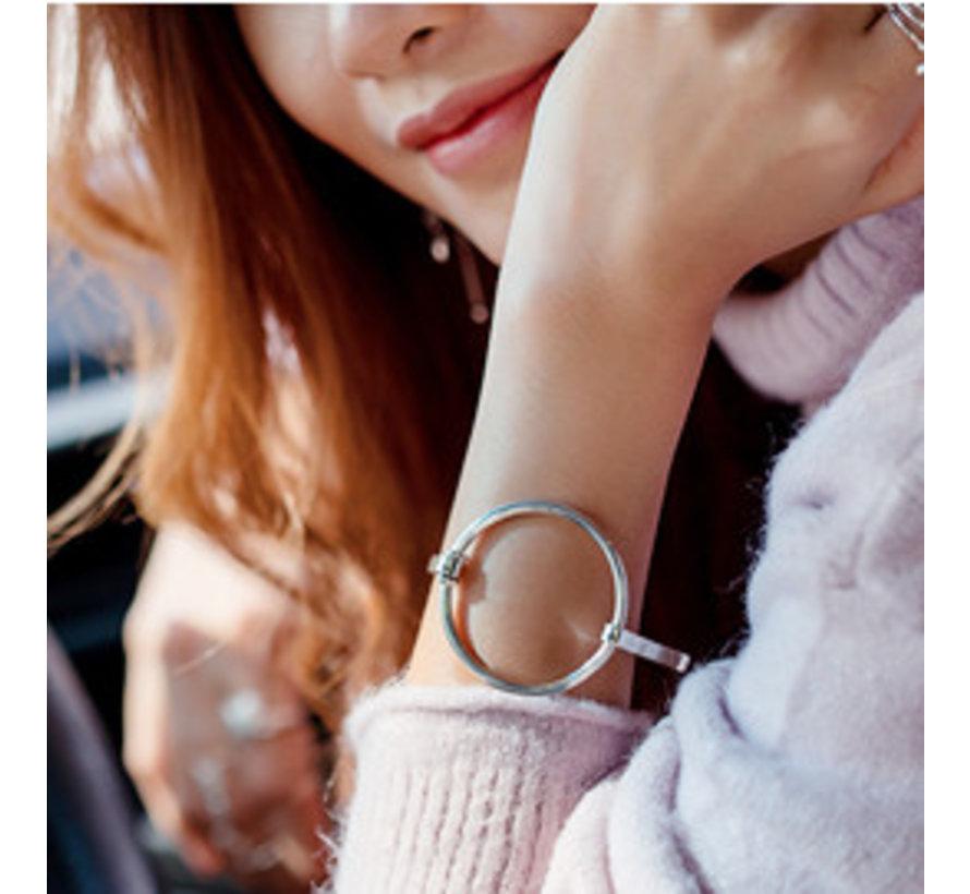 Zilveren grote cirkel bangle armband