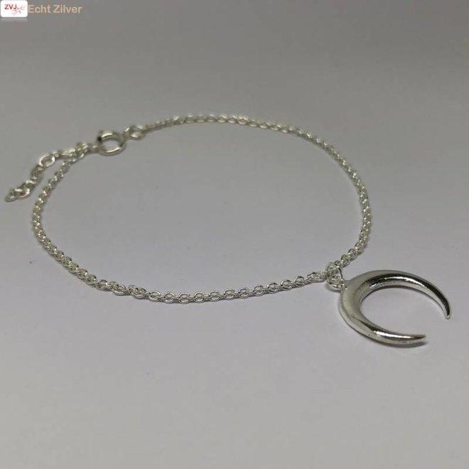 Zilveren halve maan armband