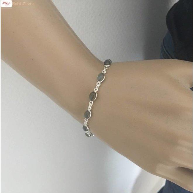 Zilveren armband labradoriet edelsteentjes