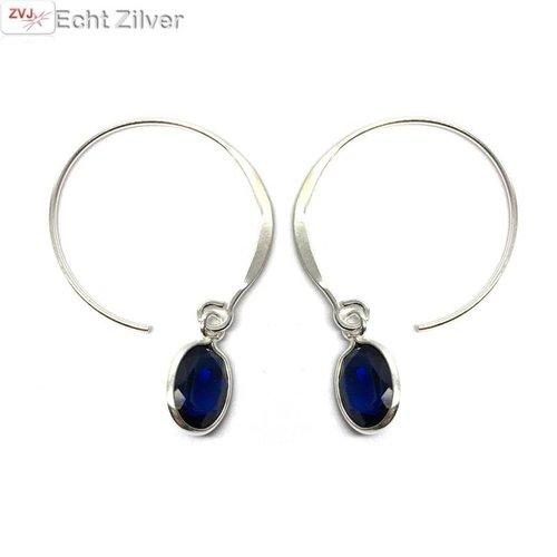 ZilverVoorJou Zilveren trendy open creolen met blauwe bedel