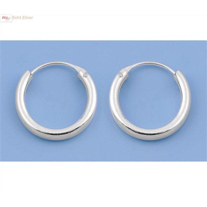 Zilveren kleine creolen oorringen ronde buis 14  x 2 mm breed