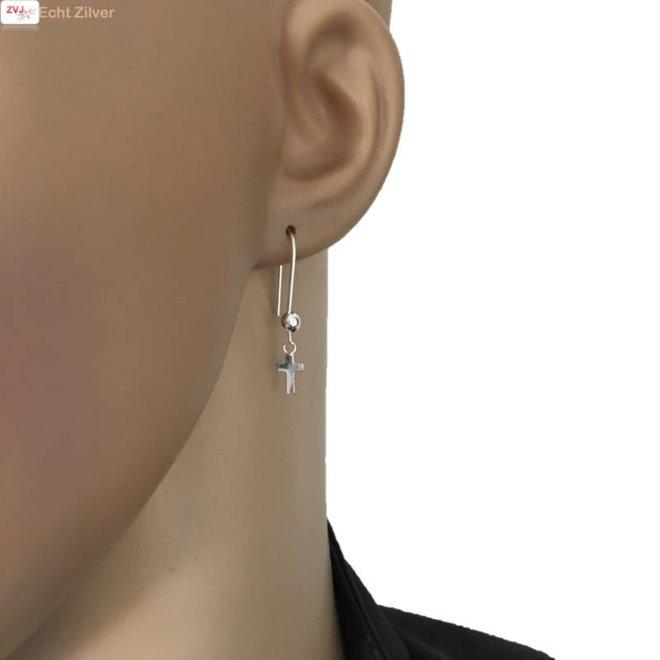 Zilveren bal kruis haak oorbellen