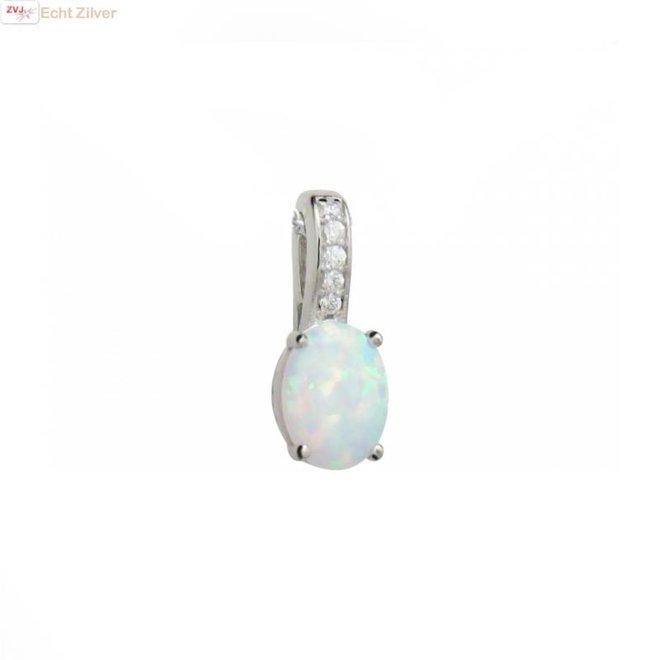 Zilveren hanger ingelegd met witte opaal