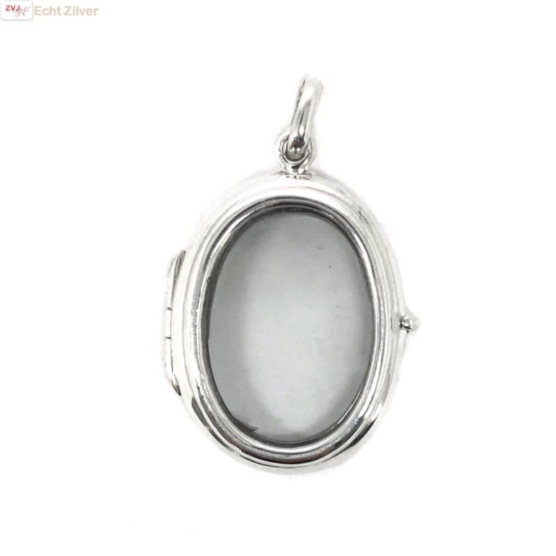 Zilveren ovale medaillon met glazen voor en achterkant-1