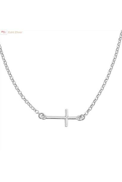 Zilveren liggend kruis collier