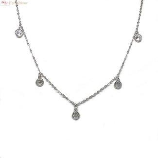 ZilverVoorJou Zilveren kort collier met 5 ronde zirkoon hangertjes