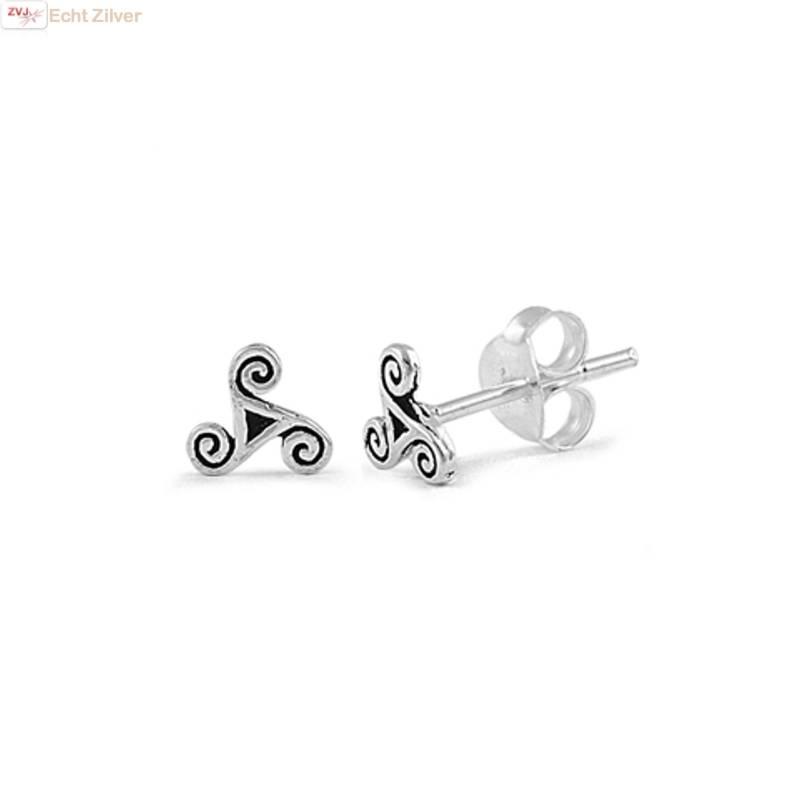 Zilveren keltische mini tribal oorstekers-1