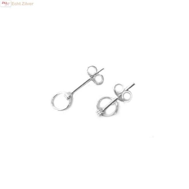 Zilveren mini oorstekers met een cirkel