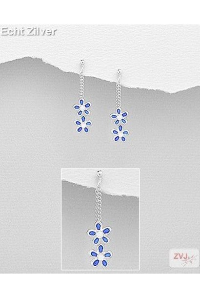 Zilveren kinder oorhangers stekers blauwe bloemetjes
