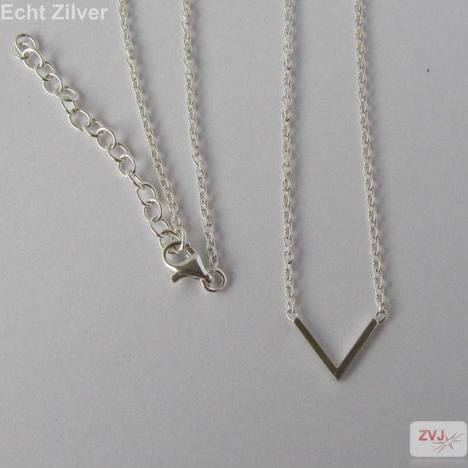 Zilveren zeer sierlijke fijne punt V ketting
