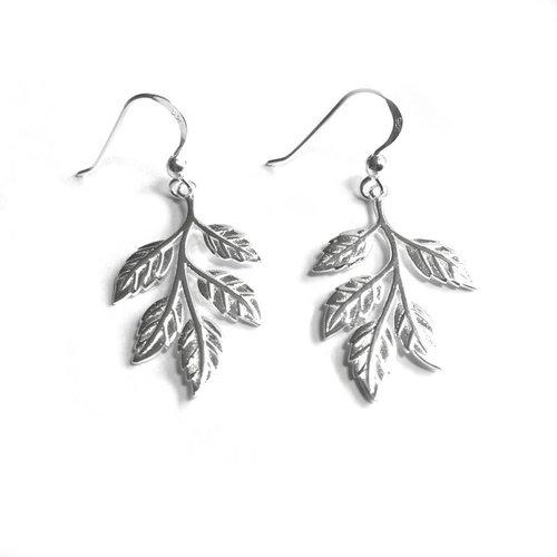 ZilverVoorJou Zilveren moderne blad, leaf haak oorhangers