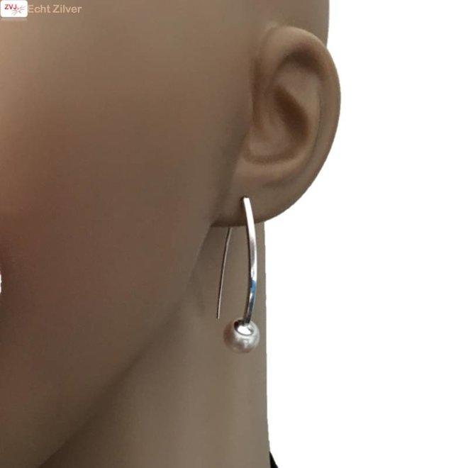 Zilveren zoetwaterparel grote haak oorhangers