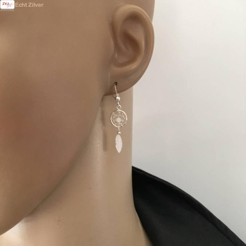 Zilveren oorhangers dromenvanger met maansteentje-2