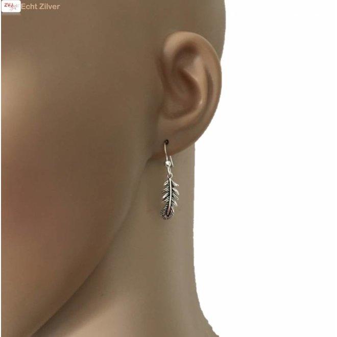 Zilveren veer oorbellen haakjes